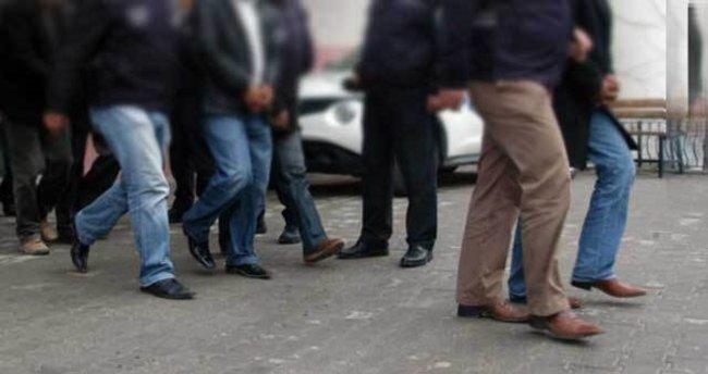 Antalya'da FETÖ'ye şafak operasyonu: 65 gözaltı