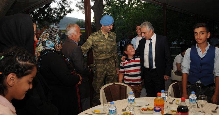 Hakkari''de şehit aileleri ve gazilere iftar yemeği