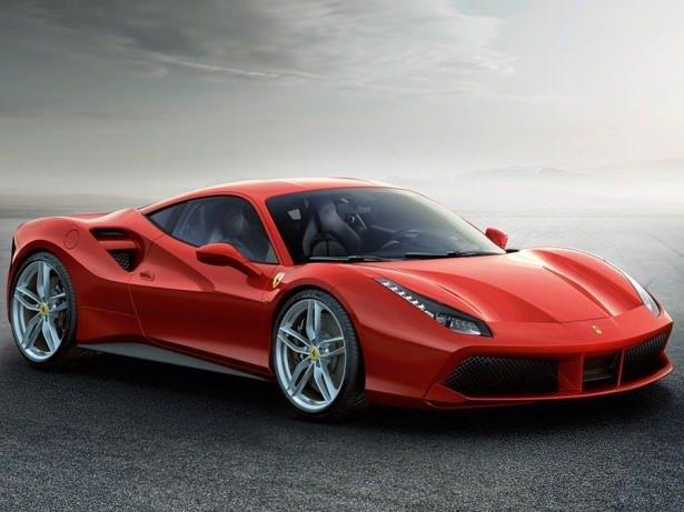 Ferrari yeni modeli 488 GTB'yi tanıttı