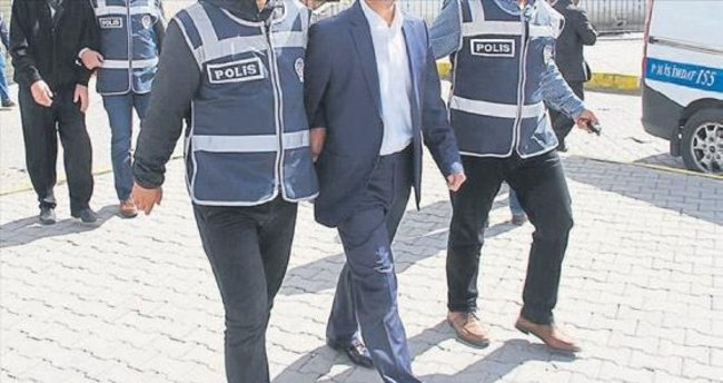 Ege'de FETÖ operasyonları devam ediyor