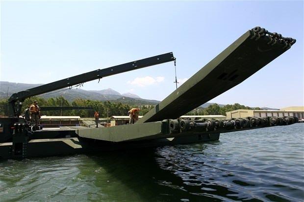 TSK'nın yüzen aracı Samur!