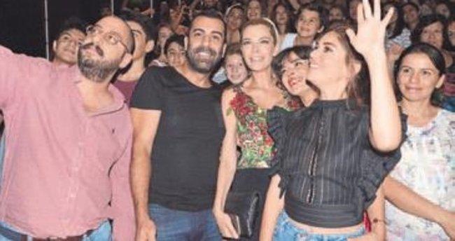 'El Değmemiş Aşk' İzmirlilerle buluştu