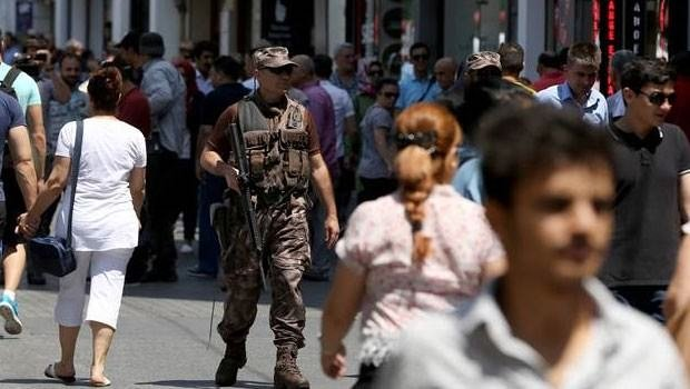 İstiklal Caddesi'nde güvenlik had safhada