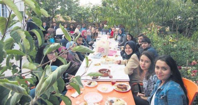 Ankara'daki Balıkesirli öğrenciler yalnız değil