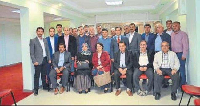 Elmalı AK Parti kolları sıvadı