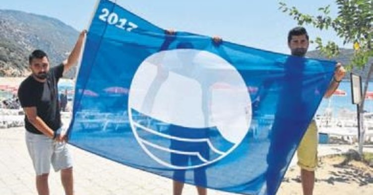 Kaş'taki plajlara 10 mavi bayrak