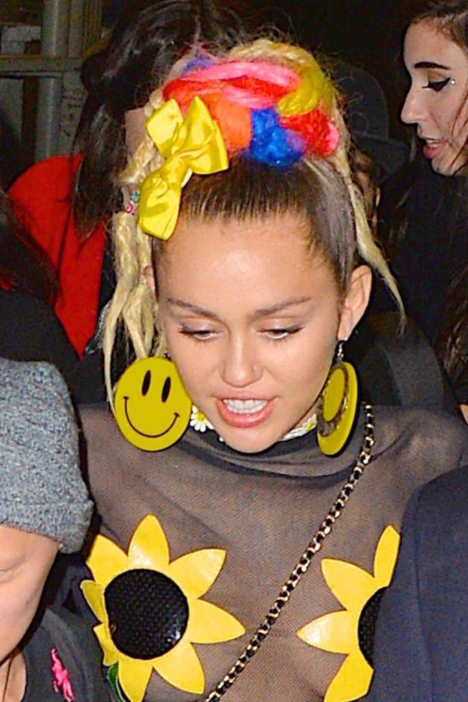 Miley yine şaşırtmadı!
