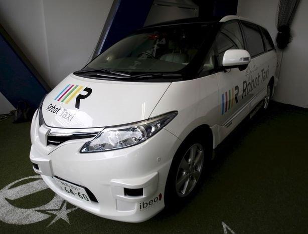 Robot taksiler seneye yola çıkıyor
