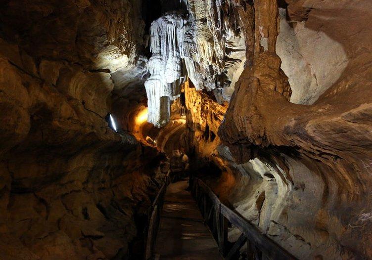 Çal Mağarası