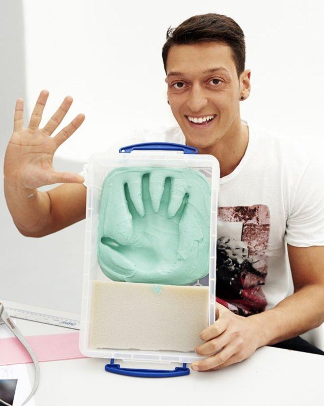 Mesut Özil'in mumyası hazırlanıyor