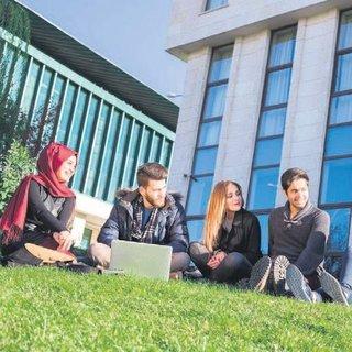 HKÜ'de ABD'de dil eğitimi fırsatı