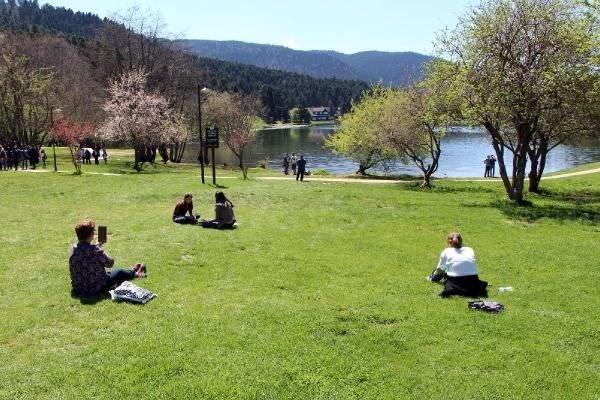 Gölcük'te bahar güzelliği