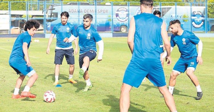 Şimşek, Sivasspor mesaisine başladı