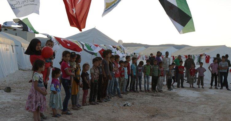 Sadakataşı Derneğinden Suriye'de Çadırkent açılışı