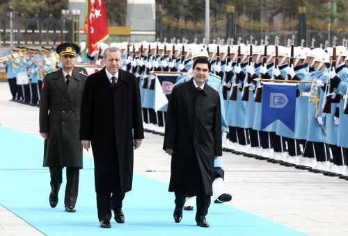 Cumhurbaşkanı Erdoğan, Berdimuhamedov'u resmi törenle karşıladı