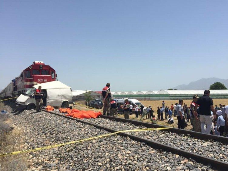 Elazığ'da feci kaza: Çok sayıda ölü var