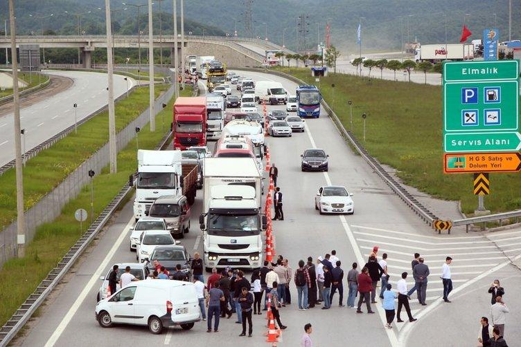 TEM'i trafiğe kapattılar!