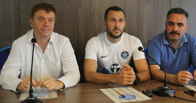 Adana Demirspor kaleci İsmail Şahmalı ile anlaştı