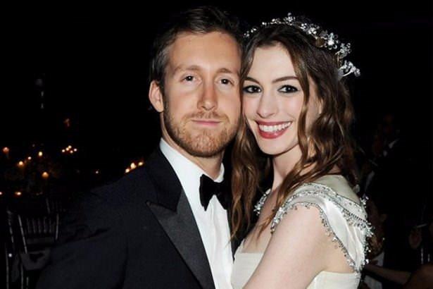 Hayranlarıyla evlenen 16 ünlü!