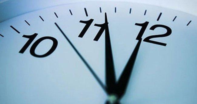 Şuan saat kaç? Saatler geri mi alınacak ileri mi alınacak? İşte Türkiye saati ve kış saati uygulaması ile ilgili tüm detaylar...