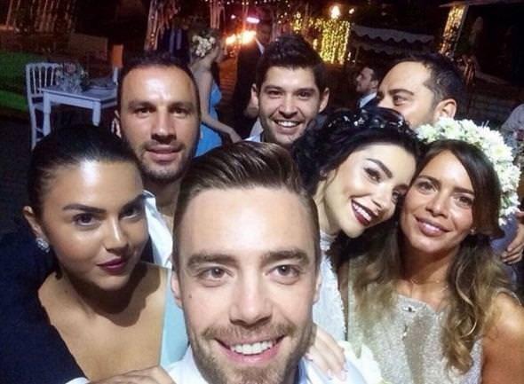 Merve ve Murat'tan Çeşme'de ikinci düğün!