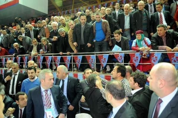 Trabzonspor Genel Kurulu nda kavga