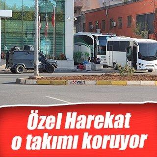 Sivas Belediyespor'a zırhlı araçla koruma