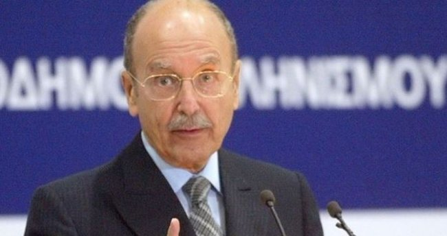 Yunanistan'da eski cumhurbaşkanı hayatını kaybetti
