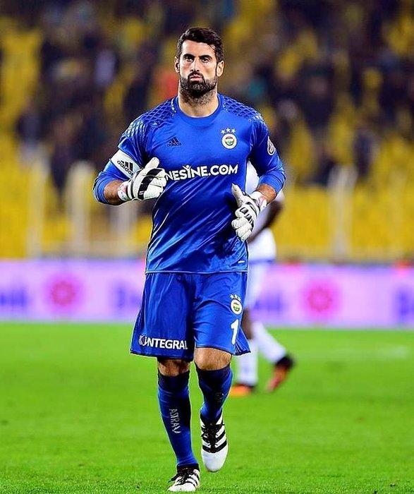 İşte Fenerbahçe - Galatasaray derbisinin 11'leri