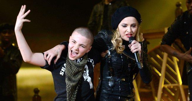Madonna oğlunun velayetini kaybetti