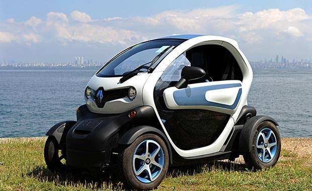 Renault Twizy'yi artık B ehliyetli sürücüler de kullanabilecek