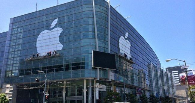 Apple hala dünyanın en büyüğü