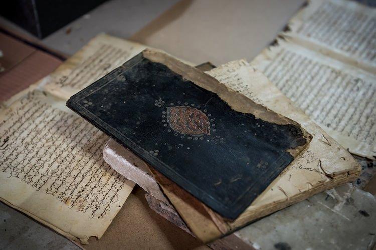 ''Kitap ciltlerinin yarım asırlık ustası''