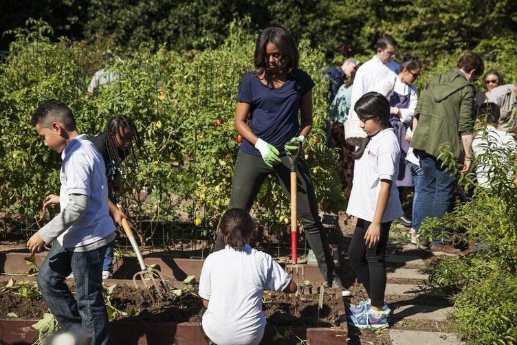 Beyaz Saray'ın mutfak bahçesinde hasat zamanı