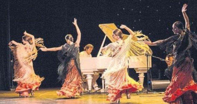 Carrasco ile flamenko gecesi