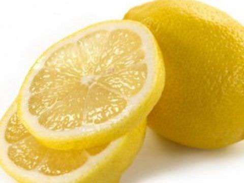 Her gün kabuğu soyulmuş 1 limon yemek…