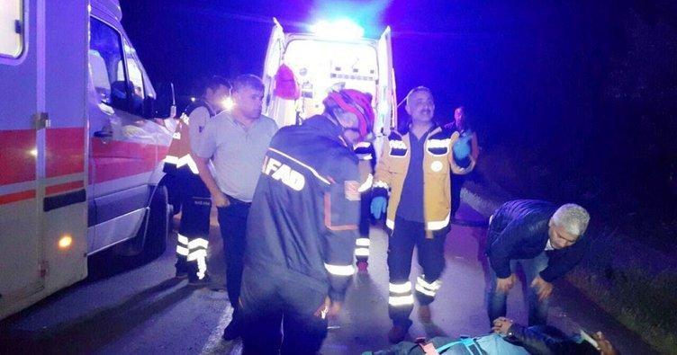 Yolcu otobüsü ile minibüs çarpıştı: 20 yaralı