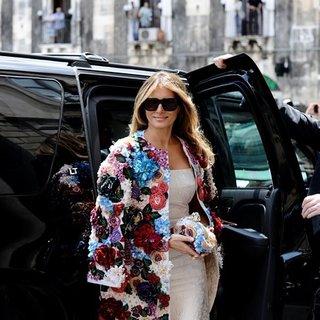 Melania Trump'ın ceketi polemik yarattı