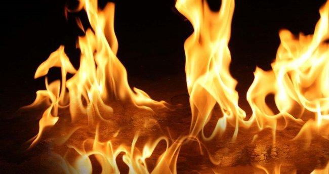 Antalya'da kimyasal madde yüklü tankerde yangın