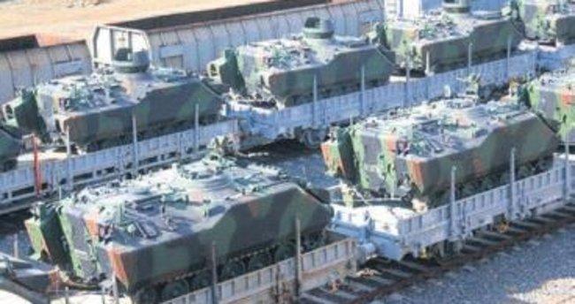 Sınıra tank ve zırhlı araç sevkıyatı