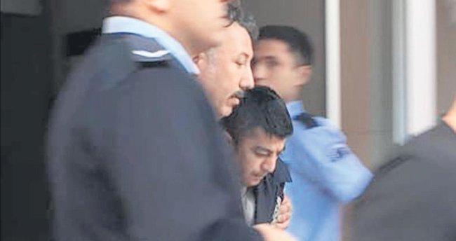 Şemsiyeli metrobüs saldırganı tutuklandı