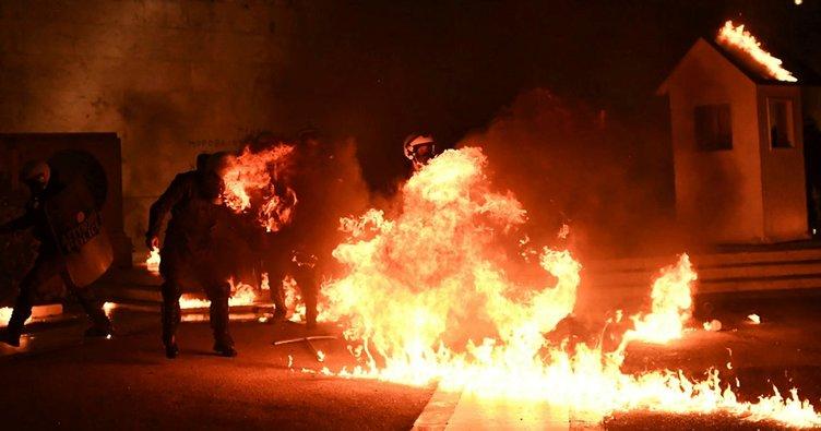 Son dakika haberi: Yunanistan karıştı! Nöbetçi kulesini yaktılar