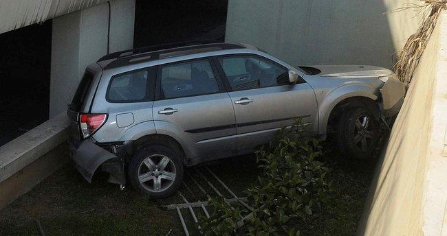 Havalimanı otoparkında kaza