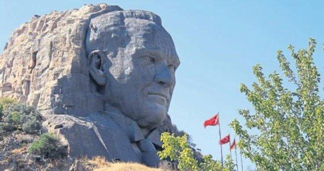 Atatürk maskı bakıma alındı