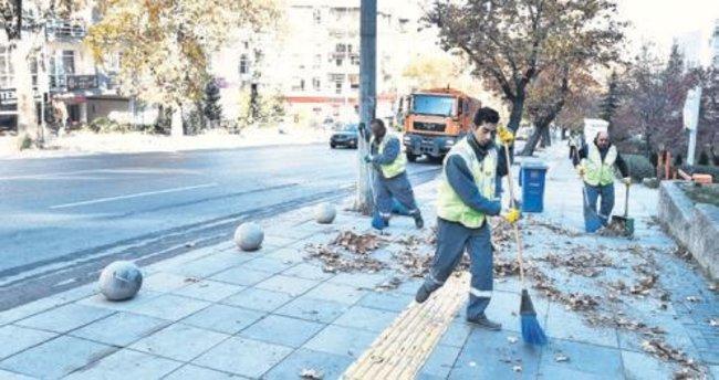 Büyükşehir 20 ton çöp ve moloz topladı