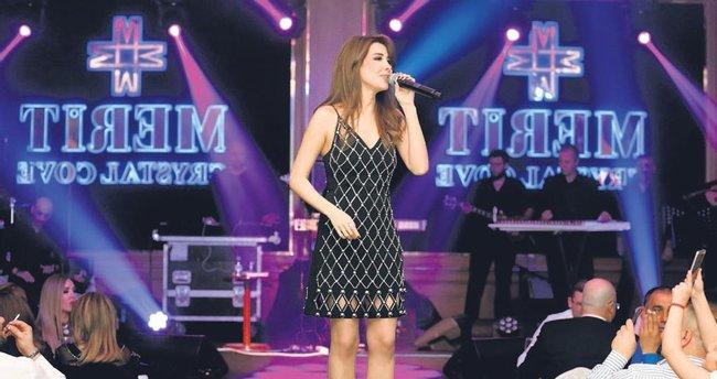 Arap Diva Kıbrıs'ı coşturdu