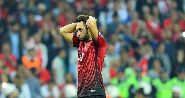 Hakan Çalhanoğlu'nun acı günü