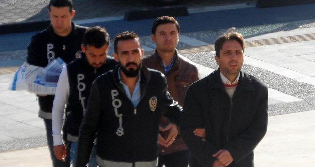 Marmaris'te, 'ByLock'tan gözaltına alınan 2 öğretmen adliyede