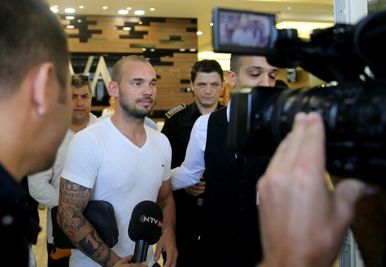 Ve Sneijder konuştu! Tudor ve Belhanda...