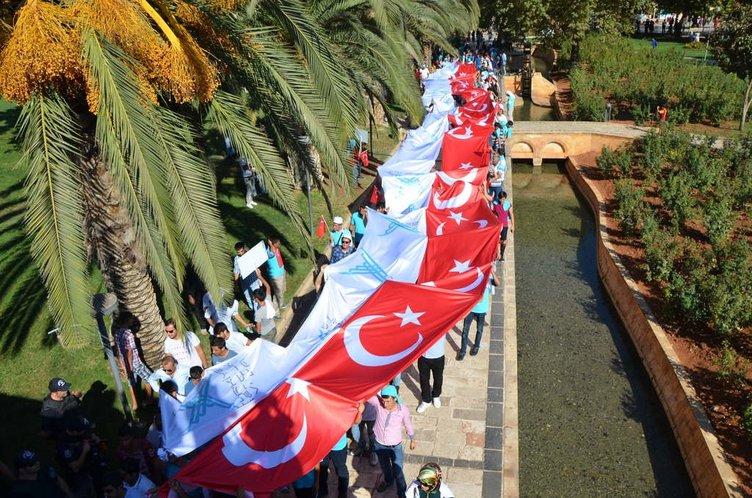 Urfa'da kardeşlik yürüyüşü